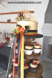 Buttercream ridge cake and cupcakes