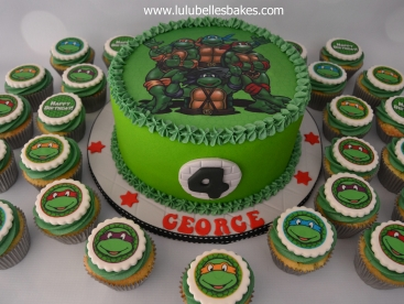 TMNT cake and cupcakes