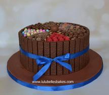 Wagon wheel chocolate cake