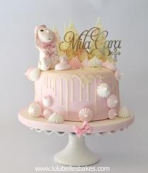 Bunny drip cake