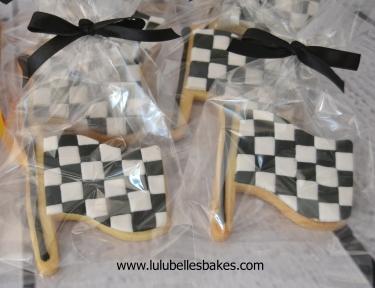 Racing flag biscuits