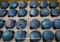 Space cupcakes
