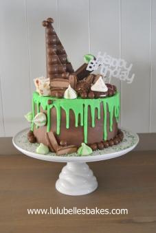 Green chocolate drip cake