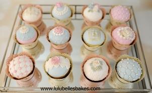 Antique cupcakes