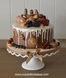 Chocolate ganache drip cake