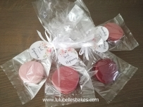 Wedding table gifts with pacaket and label
