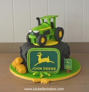 John Deere Tyre cake